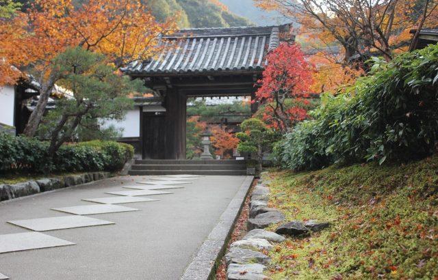 京都市左京区 ワンドアツーロックの一方の鍵の調子が悪い 深夜対応